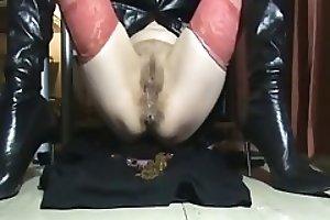 Shitting Mistress